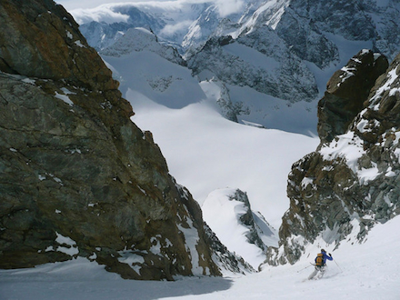 Skier Erin Smart in the Couloir Girose.
