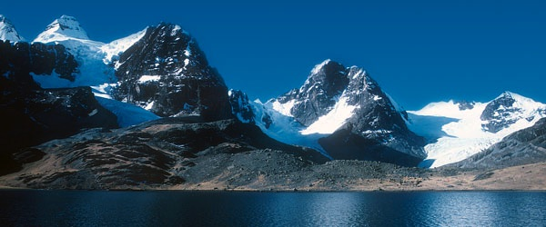 The Condoriri Lake District is one of the Andes' most beautiful sub-ranges.