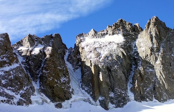 V-Notch and U-Notch Couloirs in the Palisades offer great alpine ice climbing opportunities.
